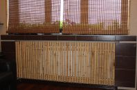 Экран для батареи из бамбука