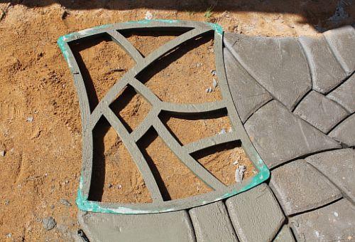 Как сделать форму для садовой дорожки своими руками фото